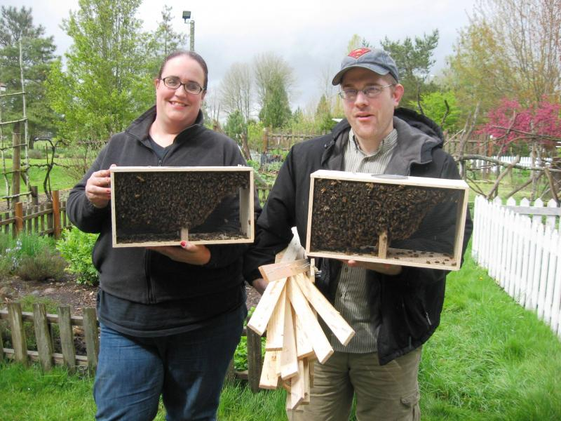 LCBA members Jen & Matt Taylor & their new bees